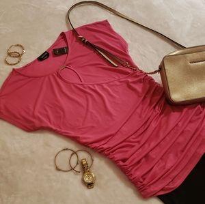 🌻Bebe  pink top    sz Small